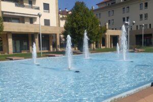Magenta, concluso l'intervento di riqualificazione della fontana di via Milano: l'opera  torna all'originaria bellezza